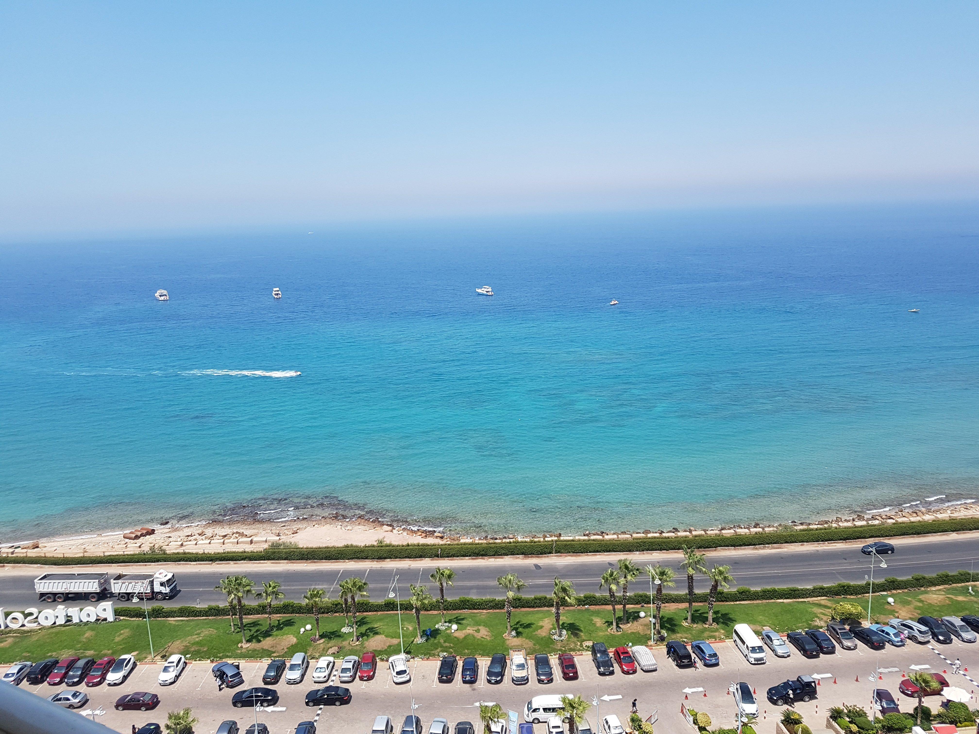 منظر البحر فى بورتو سخنة
